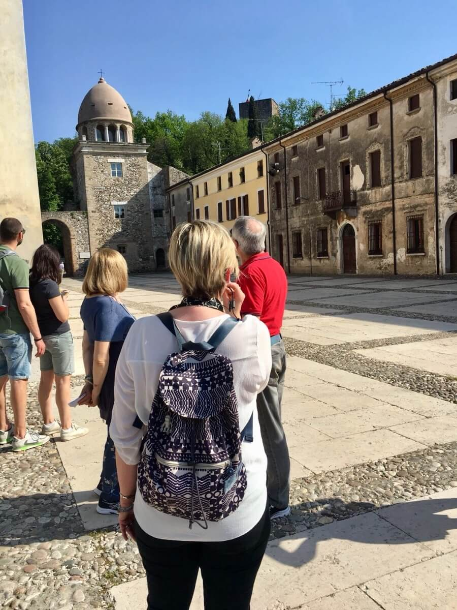 Een door An begeleide wandeling in Solferino